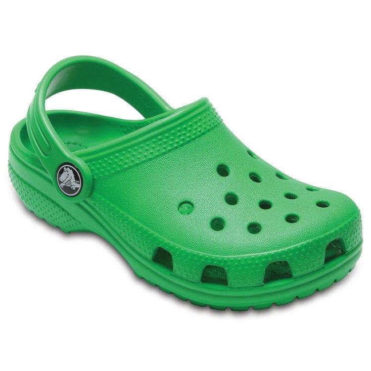 Сабо Classic Clog (зеленый)Обувь<br>Описание: <br>Яркие сабо из уникального, запатентованного материала Croslite. Материал является бактериостатичным, то есть препятствующим росту и размножению бактерий, вызывающих запах. Преимущества оригинальных сабо Сrocs: очень легкие и мягкие, долговечные, устойчивая нескользящая подошва, великолепное качество, простой уход. <br>Производитель: Crocs (США)<br>Страны производства: Китай, Италия, Вьетнам, США, Словения, Нидерланды<br>Модель производится в размерах: С4(21), С5(22), С6(23), С7(24), С8(25), С9(26), С10(27), С11 (28), С12 (29-30), С13 (30-31), J1 (32-33), J2 (33-34), J3 (34-35)<br>Коллекция: Весна/Лето 2018.<br>Уход<br>Сабо Crocs легко моются теплой водой. При необходимости их можно стирать в стиральной машине при температуре 30 градусов<br>; Размеры в наличии: J3, C5, C6, C7, C8, C9, C10, C11, C12, C13, J1, J2, C4.<br>