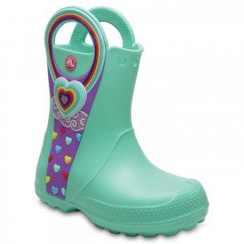 Сапоги Handle It Graphic Boot (бирюзовый)Одежда<br>Описание <br>Сапоги Crocs Bump It Rain Boot  невероятно легкие, мягкие и удобные благодаря материалу Croslite. Пенообразная структура материала Croslite сохраняет естественное тепло тела. Сапоги просты в уходе - все загрязнения удаляются при помощи  воды и мыла. <br>Характеристики<br>Верх: Croslite (крослайт) - Полимер<br>Производитель: Crocs (США)<br>Страны производства: Китай, Италия, Вьетнам, США, Словения, Нидерланды<br>Коллекция: Весна/Лето 2018<br>Модель производится в размерах: С6(23), С7(24), С8(25), С9(26), С10(27), С11 (28), С12 (29-30), С13 (30-31), J1 (32-33), J2 (33-34), J3 (34-35)<br>Сабо Crocs легко моются теплой водой. При необходимости их можно стирать в стиральной машине при температуре 30 градусов; Размеры в наличии: C6, J2, J1, C13, C12, C11, C10, C9, C8, C7, J3.<br>