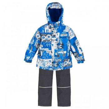 Комплект утепленный (голубой с орнаментом)Комбинезоны<br>Описание<br>Стильный весенний комплект для мальчиков представлен в 3 ярких расцветках. <br>С учетом температурного режима комплекта (от 0 градусов) в куртке предусмотрено разное количество утеплителя, в области тела 120 г, а в капюшоне, воротнике и рукавах - 60 г. Подкладка куртки сделана полностью из флиса, внутри есть удобный карман. В брюках 60 г утеплителя, подкладка с добавлением хлопка.  Лямки и пояс регулируются, что позволяет сделать брюки комфортными, если они приобретены для ребенка с запасом. Очень красивый и удобный комплект для межсезонья.<br>Функциональные элементы: Куртка: капюшон не отстегивается, защитная планка молнии на липучке, защита подбородка от защемления, карманы на молнии, внутренний карман на подкладке, манжеты на липучке, светоотражающие элементы. Брюки: регулируемые лямки, отстегивающиеся лямки, пояс на резинке регулируется липучками, передние карманы без застежки, задний карман на липучке. <br>Характеристики<br>Верх:Куртка: 100% полиэстер. Брюки: 100% полиэстер.<br>Утеплитель: Куртка: наполнитель PolyFill, тело – 120 гр., капюшон, воротник и рукава – 60 гр. Брюки: наполнитель PolyFill  - 60 гр.<br>Подкладка: Куртка: 100 % микрофлис (плотность 200 гр). Брюки: 65% полиэстер, 35% хлопок.<br>Водонепроницаемость: 3000 мм<br>Производитель: Deux par Deux (Канада)<br>Страна производства: Китай<br>Модель производится в размерах: 6-24 месяца и 2, 3, 4, 5, 6, 7, 8, 10,12. Размер означает возраст ребенка.<br>Коллекция: Весна/Лето 2018.<br>Температурный режим<br>От 0 градусов и выше<br>; Размеры в наличии: 2, 3, 4, 5, 6, 7, 8, 10, 12, 18M, 24M.<br>