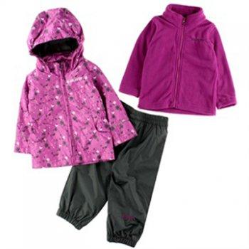 Комплект 3 в 1 Gusti Boutique (фуксия с цветами)Комбинезоны<br>Материал<br>Верх: 100% полиэстер<br>Подкладка: куртка - 100% полиэстер (гладкая подкладка), брюки - 100% хлопок<br>Подстежка (отстегивается): 100% полиэстер (флис)<br>Утеплитель: нет<br>Водонепроницаемость: 5000 мм<br>Паропроводимость: 5000 г/м2/24ч <br>Описание<br>Весенне-осенний комплект 3 в 1: куртка, брюки, флисовая кофта. Флисовая кофта выворачивается наизнанку и пристегивается к куртке с помощью молний и кнопок на рукавах и воротнике. Это позволяет регулировать теплоту изделия без нагромождения слоев одежды. А когда на улице станет теплее, кофту можно отстегнуть и куртка превратится в легкую непродуваемую ветровку. Флисовую кофту так же можно носить отдельно.<br>Производитель: Gusti (Канада)<br>Страна производства: Китай<br>Коллекция: Весна/Лето 2017<br>Температурный режим<br>От +7 градусов и выше<br>; Размеры в наличии: 2, 3, 3X, 4, 5, 6X, 6, 7, 8, 10.<br>
