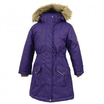 Парка MONA (фиолетовый)Куртки<br>Описание: <br>Зимняя куртка-парка для девочек-подростков. Теплая и практичная, в ней будет комфортно даже в сильный мороз (температурный режим до -30). Верхняя мембранная ткань устойчива к истиранию, не пропускает снег и отлично «дышит». Плечевые швы проклеены для дополнительной защиты от влаги. Для идеальной посадки по фигуре есть утяжка на талии с фиксатором.  Капюшон украшен опушкой из искусственного меха, которую можно снять, а также отстегнуть капюшон целиком, поэтому внешний вид куртки можно легко менять в зависимости от погоды и стиля. Лаконичный дизайн куртки подходит к любой одежде и делает ее универсальным вариантом для школы, города или прогулок на природе.<br>Функциональные элементы: капюшон отстегивается с помощью кнопок, мех отстегивается, защитная планка молнии на липучке, защита подбородка от защемления, карманы на кнопках, трикотажные манжеты, утяжка на талии, светоотражающие элементы.<br>Характеристики: <br>Верх: 100% полиэстер.<br>Утеплитель: 300 грамм (100% полиэстер).<br>Подкладка: 100% полиэстер<br>Водонепроницаемость: 10000 мм.<br>Паропроводимость: 10000 г/м2/24ч.<br>Износостойкость: нет данных. <br>Производитель: HUPPA (Эстония).<br>Страна производства: Эстония.<br>Коллекция: Осень-Зима 2017.<br>Температурный режим: <br>от -5  до -30 градусов.<br>; Размеры в наличии: 146, 152, 158, 164, 170.<br>