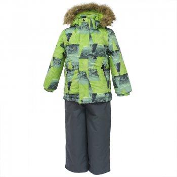 Комплект DANTE (серо-зеленый с принтом)Комбинезоны<br>Описание: <br>Теплый зимний комплект для мальчиков. Одежда Huppa Fashion – это стильная и качественная зимняя одежда из высокотехнологичных материалов. Верхняя мембранная ткань обладает повышенной прочностью и предназначена для активной эксплуатации. Синтетический утеплитель HuppaTherm обеспечивает оптимальную температуру тела и не пропускает холод снаружи. Куртка яркой расцветки со множеством продуманных деталей. Удобные манжеты рукавов на резинке, планка для молнии и утяжка по низу куртки для дополнительной теплоизоляции. Капюшон пристегивается на кнопках, съемная меховая опушка защищает лицо на морозе. Брюки без спинки со съемными лямками застегиваются на молнию и кнопку. Шаговый шов проклеен по всей длине, что исключает попадание влаги во время активных игр в снегу или катания с горки. Низ брюк можно затянуть с помощью шнура с фиксатором, а снежные гетры с противоскользящей вставкой дополнительно защищают ноги от попадания снега.<br>Функциональные элементы: Куртка: капюшон отстегивается с помощью кнопок, мех отстегивается, защитная планка молнии на липучке, манжеты на резинке, утяжка по подолу, карманы на молнии, светоотражающие элементы. Брюки: регулируемые лямки, подол штанин с утяжкой с фиксатором, снежные гетры. <br>Характеристики: <br>Верх: 100% полиэстер.<br>Утеплитель:  куртка 300 грамм, брюки 160 грамм (100% полиэстер).<br>Подкладка: 100% полиэстер.<br>Водонепроницаемость: куртка 10000 мм, брюки 10000 мм.<br>Паропроводимость: куртка 10000 г/м2/24ч, брюки 10000  г/м2/24ч<br>Износостойкость: нет данных.<br>Производитель: HUPPA (Эстония).<br>Страна производства: Эстония.<br>Коллекция: Осень-Зима 2017.<br>Температурный режим: <br>от -5  до -30 градусов.<br>; Размеры в наличии: 140, 146, 152, 158.<br>