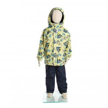 Комплект SHARKY (желтый с морским принтом)Комбинезоны<br>Материал<br>Верх: куртка- 100% полиэстер, брюки- 100% полиамид<br>Подкладка: 100% полиэстер<br>Утеплитель: куртка - 80 грамм (100% полиэстер), брюки - 45 грамм (100% полиэстер)<br>Водонепроницаемость: 5000 мм<br>Паропроводимость: 5000 г/м2/24ч<br>Описание<br>Демисезонный комплект для детей от 4 до 9 лет на температуру от 0 до +15 градусов. Модель Kerry SHARKY - отличный вариант для весенних прогулок. Дышащая, влагостойкая ткань Kerry Active защитит от ветра и слякоти, а высокий полукомбинезон надежно защитит спину от продувания даже при самых активных играх. Одежда Kerry не требует сложного ухода. Небольшие загрязнения легко удаляются влажной губкой.  <br>Функциональные элементы: Куртка: капюшон отстегивается с помощью кнопок,  защита подбородка от защемления, карманы на молнии, манжеты на резинке, светоотражающие элементы. Брюки: регулируемые лямки, пояс на резинке, подол штанин на резинке, съемные силиконовые штрипки, светоотражающие элементы.<br>Производитель: Kerry (Финляндия)<br>Страна производства: Евросоюз (основная часть коллекции производится в Эстонии)<br>Коллекция: Весна/Лето 2017<br>Модель производится в размерах: 104-134<br>От 0 градусов и выше; Размеры в наличии: 104, 110, 116, 122, 128, 134.<br>