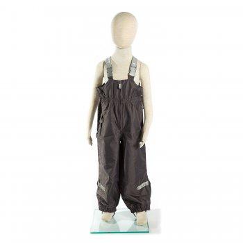 Полукомбинезон  PAC (серый)Полукомбинезоны, штаны<br>Материал<br>Верх: 100% полиамид<br>Подкладка: 100% полиэстер<br>Утеплитель: 45 грамм (100% полиэстер)<br>Водонепроницаемость: 10000 мм<br>Паропроводимость: 10000 г/м2/24ч<br>Описание<br>Утепленный полукомбинезон на деток от 1,5 до 9 лет из ткани Active Plus. Модель  обладает высокими показателями водонепроницаемости и износостойкости, что очень важно для прогулки активного непоседы. Грязеотталкивающая пропитка сделает уход за детской одеждой легким и удобным - большинство загрязнений удаляется влажной тряпочкой. Благодаря регулируемым лямкам и дополнительным липучкам на подоле штанин модель отлично садится по фигуре и не стесняет движений. <br>Функциональные элементы: регулируемые лямки, пояс на резинке, подол штанин на резинке с дополнительной липучкой для регулировки ширины,  съемные силиконовые штрипки, светоотражающие элементы.<br>Производитель: Kerry (Финляндия)<br>Страна производства: Евросоюз (основная часть коллекции производится в Эстонии)<br>Коллекция: Весна/Лето 2017<br>Модель производится в размерах: 98-134<br>От 0 градусов и выше; Размеры в наличии: 98, 104, 110, 116, 122, 128, 134.<br>
