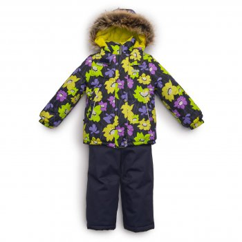 Kомплект ROBERTA (салатовый с цветами)Комбинезоны<br>Описание<br>Теплый, легкий и красивый зимний комплект для девочек. Непромокаемая и дышащая мембранная ткань, фирменный утеплитель Kerry Fill сохраняют комфортную температуру тела и не дают промокнуть во время продолжительных зимних прогулок. Приталенная куртка с ярким цветочным принтом имеет утяжку по низу и планку на молнии для дополнительной защиты ребенка от ветра и мороза. Воротник с защитой подбородка и внутренняя поверхность капюшона выполнены из мягкой ткани для дополнительного тепла и комфорта. Капюшон на кнопках легко отстегивается, что обеспечивает безопасность во время игр и позволяет менять внешний вид куртки в зависимости от стиля и погоды. Меховая опушка придает куртке нарядный вид и защищает лицо от холода. Полукомбинезон практичного темного цвета сделан из мембранной ткани повышенной прочности и выдержит любые виды зимней активности. Регулируемые лямки позволяют подогнать брюки точно по росту. Снежные гетры и силиконовые штрипки надежно защищают от попадания снега в обувь ребенка<br>Функциональные элементы: Куртка: капюшон отстегивается с помощью кнопок, мех не отстегивается, защитная планка молнии на кнопках, защита подбородка от защемления, карманы на молнии, манжеты на резинке, утяжка по подолу, светоотражающие элементы. Брюки: регулируемые лямки, пояс на резинке, снежные гетры, съемные силиконовые штрипки светоотражающие элементы. <br>Характеристики: <br>Верх: 100% полиэстер<br>Подкладка: 80% вискоза, 20% полиэстер<br>Утеплитель: куртка 330 грамм, брюки 150 грамм (100% полиэстер Kerryfill)<br>Водонепроницаемость: куртка 5000 мм, брюки 10000 мм<br>Паропроводимость: куртка 5000 г/м2/24 часа, брюки 10000 г/м2/24 часа<br>Производитель: Kerry (Финляндия)<br>Страна производства: Евросоюз (основная часть коллекции производится в Эстонии)<br>Коллекция: Осень/Зима 2017-2018<br>Модель производится в размерах: 92-134 <br>Температурный режим<br>От -5 до -25 градусов; Размеры в наличии: 92, 98, 104, 110, 11