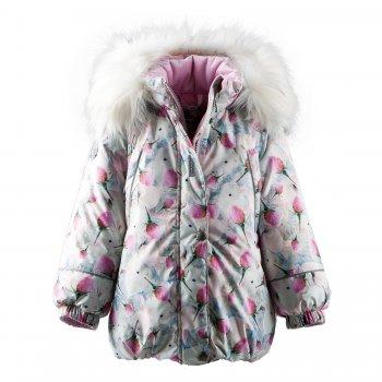 Kуртка EMILY (серый с цветами)Куртки<br>Материал<br>Верх: 100% полиэстер<br>Подкладка: 100% полиэстер<br>Утеплитель: 330 грамм (100% полиэстер Kerryfill)<br>Водонепроницаемость: 5000 мм<br>Паропроводимость: 5000 г/м2/24 часа<br>Описание<br>Функциональные элементы: капюшон отстегивается с помощью кнопок, мех отстегивается, защитная планка молнии на кнопках, защита подбородка от защемления, карманы на молнии, манжеты на резинке, светоотражающие элементы.<br>Производитель: Kerry (Финляндия)<br>Страна производства: Евросоюз (основная часть коллекции производится в Эстонии)<br>Коллекция: Осень/Зима 2017-2018<br>Модель производится в размерах: 92-134<br>Температурный режим<br>От -5 до -30 градусов<br>; Размеры в наличии: 104, 110, 116, 122, 128, 134.<br>