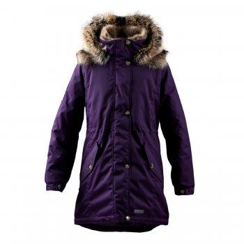 Kуртка STELLA (темно-фиолетовый)Куртки<br>Материал<br>Верх: 100% полиамид<br>Подкладка: 100% полиэстер<br>Утеплитель: 330 грамм (100% полиэстер Kerryfill)<br>Водонепроницаемость: 10000 мм<br>Паропроводимость: 10000 г/м2/24 часа<br>Описание<br>Функциональные элементы: капюшон отстегивается с помощью кнопок, мех не отстегивается, защитная планка молнии на кнопках, меховой капюшон, карманы на молнии, манжеты на кнопке, утяжка на талии, утяжка по подолу, светоотражающие элементы. <br>Производитель: Kerry (Финляндия)<br>Страна производства: Евросоюз (основная часть коллекции производится в Эстонии)<br>Коллекция: Осень/Зима 2017-2018<br>Модель производится в размерах: 122-170<br>Температурный режим<br>От -5 до -25 градусов; Размеры в наличии: 140, 146, 152, 158, 164, 170.<br>