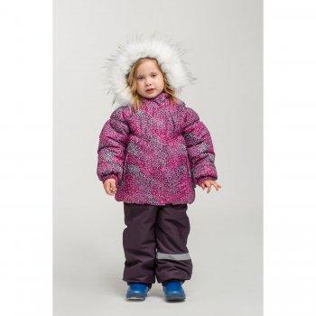 Комплект (фуксия)Комбинезоны<br>Описание: <br>Модель выполнена из водонепроницаемой ткани со специальным грязеотталкивающим покрытием<br>Характеристики: <br>Верх: 100% Полиэстер<br>Утеплитель: ShelterKIDS куртка 250 грамм,брюки 150 грамм (100% полиэстер)<br>Подкладка: 100% Вискоза<br>Водонепроницаемость: 5000 мм<br>Паропроводимость: 5000 г/м2/24ч<br>Износостойкость: нет данных<br>Производитель: Kisu (Россия)<br>Страна производства: Россия<br>Коллекция: Осень/Зима 2017-2018<br>Температурный режим: <br>от от +5 до -25 градусов; Размеры в наличии: 86, 92, 98.<br>