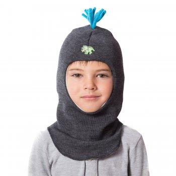 Шлем (темно-серый с динозавром)Одежда<br>Описание<br>Шлемы Киват очень теплые и подойдут на самые лютые морозы. Специальные вставки с утеплителем в области ушек и лба. Отличная посадка по голове и оригинальный дизайн. Светоотражающие вставки для безопасности.<br>Характеристики: <br>Верх: 100% шерсть<br>Подкладка: 100% хлопок<br>Производитель: Kivat, Финляндия<br>Коллекция Осень/Зима 2017<br>Модель производится в размерах 1-4<br>Страна производства: Финляндия<br>Температурный режим<br>От 0 до -20 градусов; Размеры в наличии: 1, 2, 3, 4.<br>