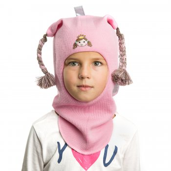 Шлем (розовый с принцессой)Одежда<br>Описание<br>Шлемы Киват очень теплые и подойдут на самые лютые морозы. Специальные вставки с утеплителем в области ушек и лба. Отличная посадка по голове и оригинальный дизайн. Светоотражающие вставки для безопасности. <br>Характеристики<br>Верх: 100% шерсть<br>Подкладка: 100% хлопок<br>Производитель: Kivat, Финляндия<br>Коллекция Осень/Зима 2017<br>Модель производится в размерах 0-3<br>Страна производства: Финляндия<br>Температурный режим<br>От 0 до -20 градусов; Размеры в наличии: 0, 1, 2, 3.<br>