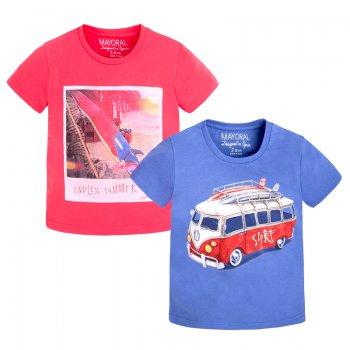 Комплект из 2 футболок (синий и красный)Одежда<br>Материал<br>Верх: 100% хлопок<br>Описание<br>Комплект состоит из двух футболок, выполненных из чистого хлопка. Модель красного цвета украшена принтом с изображением серфинга, голубая футболка с изображением ретро-автобуса. Можно сочетать с джинсами, шортами и спортивными брюками. <br>Производитель: MAYORAL (Испания)<br>Страна производства: Индия<br>Коллекция: Весна/Лето 2017<br>Модель производится в размерах: 2-9 лет; Размеры в наличии: 2, 3, 4, 5, 6, 7, 8, 9.<br>