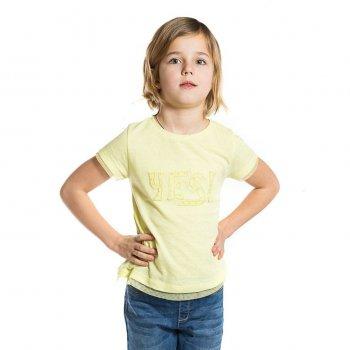 Футболка (желтый)Одежда<br>Материал<br>Верх: 50% хлопок, 50% полиэстер<br>Описание<br>Однотонная футболка для девочек выполнена из мягкого на ощупь материала из смеси хлопка и полиэстра. Отлично дополнит повседневный образ ребенка.<br>Производитель: MAYORAL (Испания)<br>Страна производства: Индия<br>Коллекция: Весна/Лето 2017<br>Модель производится в размерах: 2-9 лет; Размеры в наличии: 2, 3, 4, 5, 6, 7, 8, 9.<br>