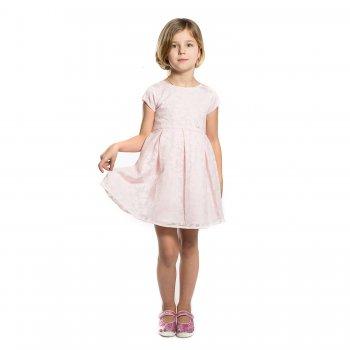 Платье (бледно-розовый с цветами)Одежда<br>Двухслойное платье для девочки от испанского бренда Mayoral. Произведена в размера 2-9 лет. Приталенная модель, верх из сетчатого материала с цветочным узором. Внутри гладкая подкладка. Застегивается на спинке на скрытую молнию.<br> Производитель: MAYORAL (Испания)<br> Страна производства: Китай<br> Коллекция: Весна/Лето 2017<br> Модель производится в размерах: 2-9 лет  <br> Верх: 64% полиэстер, 36% вискоза. Подкладка: 80% полиэстер, 20% хлопка<br>; Размеры в наличии: 3, 4, 5, 6, 7, 8, 9.<br>
