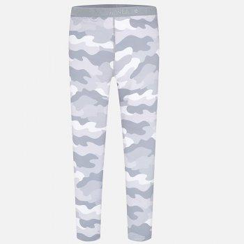 Брюки (серый)Одежда<br>Эти брюки отлично подойдут для занятий спортом и для велопрогулок. Они выполнены в серой гамме, принт напоминает камуфляжную одежду.    Верх: 90% полиэстер, 10% эластан<br> Производитель: MAYORAL (Испания)<br> Страна производства: Китай<br> Модель производится в размерах: 10-18 лет<br> Коллекция: Весна/Лето 2018<br>; Размеры в наличии: 14, 16, 18.<br>