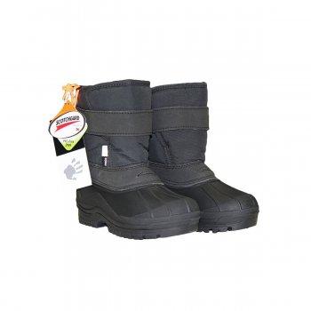 Сапоги Driven (черный)Обувь<br>Материал<br>Верх: водоотталкивающий текстиль.<br>Подкладка: искусственный мех<br>Подошва: резина<br>Описание: <br>Утепленные сноубутсы Molo на межсезонье на температуру +5 - 5 градусов. Благодаря литому креплению подошвы с прорезиненной галошей данная модель не промокнет в дождь и слякоть, и ножки малыша останутся в тепле. Не требуют особого ухода, загрязнения без труда удаляются влажной губкой. <br>Функциональные элементы: сноубутсы для слякоти и мокрого снега<br>Производитель: Molo (Дания)<br>Страна производства: Китай<br>Коллекция: Осень-Зима 2017<br>Температурный режим: <br>от +5 до -5 градусов; Размеры в наличии: 23, 24, 25, 26, 27, 28, 29, 30.<br>