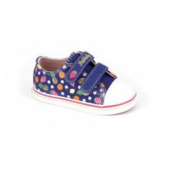 Кеды (синий с фруктами)Обувь<br>Материал<br>Верх: текстиль, искусственные материалы. <br>Подкладка: текстиль, стелька - натуральная кожа.<br>Подошва: полимерные материалы. <br>Описание<br>Красивые кеды для теплой и сухой погоды. Кеды Pablosky по праву можно считать одними из лучших. Оригинальный дизайн, отличное качество, вентилируемая стелька, достаточно жесткий задник - это далеко не все их достоинства. Такие кеды пригодятся в любой сезон - зимой их можно носить в качестве сменной обуви в садик или на физкультуру. <br>Производитель: Pablosky (Испания).<br>Коллекция Весна-Лето 2017<br>Страна производства: Китай.<br>Температурный режим<br>От +10 градусов и выше.; Размеры в наличии: 20, 21, 22, 22, 23, 23, 24, 24, 25, 25, 26, 26, 27, 27.<br>