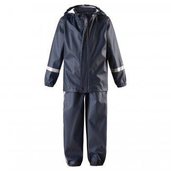 Комплект прорезиненный Tihku (синий)Одежда<br>Материал<br>Верх: 100% полиуретан<br>Утеплитель: нет<br>Подкладка: 100% полиэстер<br>Описание<br>Функциональные элементы:  Куртка: капюшон отстегивается с помощью кнопок, защита подбородка от защемления, ветрозащитная планка,манжеты на резинке, светоотражающие элементы. Брюки: регулируемые лямки, регулировка объема по талии с помощью кнопок, подол штанин на резинке,  съемные трикотажные штрипки, светоотражающие элементы.<br>Производитель: Reima (Финляндия)<br>Страна производства: Китай<br>Коллекция: Весна/Лето 2017<br>Температурный режим<br>от +7 градусов и выше.; Размеры в наличии: 74, 80, 86, 92, 98, 104, 110, 116.<br>