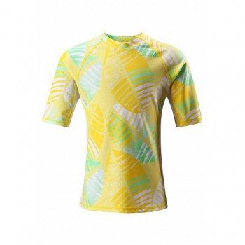 Футболка для пляжа Fiji (желтый с белым)Одежда<br>Описание<br><br>Функциональные элементы: <br>Характеристики<br>Верх: 80% полиэстер, 20% эластан<br>Утеплитель: нет<br>Подкладка: нет<br>Производитель: Reima (Финляндия)<br>Страна производства: Китай<br>Модель производится в размерах: 104-164<br>Коллекция: Весна-Лето 2018; Размеры в наличии: 104, 110, 116, 122, 128, 134, 140, 146, 152, 158, 164.<br>