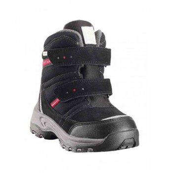 Ботинки Reimatec Visby (черный)Обувь<br>Производитель: Reima (Финляндия)<br> Страна производства: Китай<br> Модель производится в размерах: 24-35<br> Коллекция: Осень-Зима 2017<br>  <br> Верх: текстиль, водоотталкивающая замша<br> Подкладка: искусственный мех, стелька из войлока<br> Подошва: каучук<br><br> Температурный режим <br> от +5 до -10 градусов; Размеры в наличии: 24, 25, 26, 27, 28, 29, 30, 31, 32, 33, 34, 35.<br>