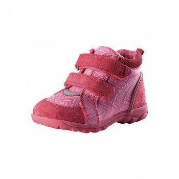 Ботинки Lotte (розовый)Обувь<br>Описание<br>Весенние ботинки представлены в расцветке для мальчика и для девочки. <br>Они подойдут на температуру от + 10 градусов. Дышащий материал сделает прогулку комфортной, а резиновая подошва с металлической сеткой не пропустит ни одного камушка. <br>Ботиночки можно носить даже на голую ногу благодаря бесшовной лайкровой подкладке. <br>Функциональные элементы: <br>Характеристики<br>Верх: натуральная замша, синтетические материалы<br>Подошва: каучук<br>Подкладка: текстиль<br>Производитель: Reima (Финляндия)<br>Страна производства: Китай<br>Модель производится в размерах: 20-27<br>Коллекция: Весна-Лето 2018<br>Температурный режим<br>От +10 градусов и выше.; Размеры в наличии: 20, 21, 22, 23, 24, 25, 26, 27.<br>