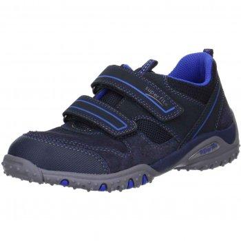 Кроссовки (темно-синий)Обувь<br>Описание<br>Кроссовки на липучках для мальчика. Усиленный мыс обеспечивает повышенную износостойкость, а текстильная подкладка и кожаная стелька обеспечивают максимальный комфорт. Анатомическая стелька с запатентованной активной подушечкой SuperFit имитирует ходьбу босиком позволяя мышцам стопы развиваться правильно.<br>Функциональные элементы: две липучки, анатомическая стелька, мягкая вставка в области задника от натирания.<br>Характеристики<br>Верх: натуральный велюр/текстиль/<br>Подкладка(внутренний материал): текстиль<br>Стелька: натуральная кожа<br>Подошва: полиуретан<br>Производитель: Superfit (Австрия)<br>Страна производства: Индия<br>Модель производится в размерах: 25-42<br>Коллекция: Весна/Лето 2018<br>Температурный режим<br>От +10 градусов и выше; Размеры в наличии: 31, 32, 33, 34, 35, 36, 37, 38, 39, 40.<br>