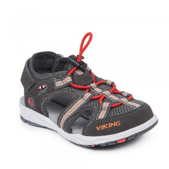 Сандалии закрытые THRILL (серый)Обувь<br>Материал<br>Верх: 80% текстиль (100% полиэстер) / 20% экокожа (100% полиэстер)<br>Подошва: натуральная резина<br>Подкладка (внутренний материал): Текстиль (100% полиэстер)<br>Стелька: натуральная кожа<br>Описание<br>Стильные и удобные спортивные сандалии  фирмы Viking. Модель имеет гибкую подошву, правильно распределяющую нагрузку по всей стопе. Верх выполнен из воздухопроницаемого текстиля, что обеспечит комфорт в течение всего дня. Отличный вариант как для занятия спортом, так и для городских прогулок. Утяжка с резинкой и липучка на пятке помогут отрегулировать объем обуви по ноге. <br>Производитель: Viking (Норвегия) <br>Страна производства: Вьетнам<br>Температурный режим<br>от +15 градусов; Размеры в наличии: 24, 25, 26, 27, 28, 29, 30, 31, 32, 33, 34, 35.<br>