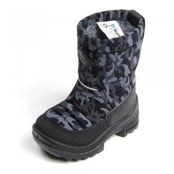 Сапоги Putkivarsi (черные разводы)Обувь<br>Материал<br>Верх: текстиль<br>Подошва: полиуретан<br>Подкладка: 80% шерсть, 20% полиэстер<br>Описание<br>Удобные и легкие сапоги Kuoma Putkivarsi согреют ножки ребенка даже в самые лютые морозы. Зимние сапожки выполнены из грязе- и водоотталкивающего материала. Устойчивая, прочная и гибкая подошва с протектором. Светоотражающие полоски 3М Scotchlite для безопасности. Теплая стелька и подкладка из ворса, который не скатывается при носке.<br>Производитель: Kuomiokoski OY (Финляндия)<br>Страна производства: Финляндия<br>Коллекция Зима 2014<br>Температурный режим<br>До -30 градусов.<br>Уход<br>Очищайте обувь от загрязнений с помощью влажной губки. При необходимости обувь Kuoma можно стирать в стиральной машинке или вручную при температуре не выше 40 градусов. Перед стиркой вынуть стельку. Сушка при температуре не выше 40 градусов. После стирки рекомендуется обрабатывать обувь водо- и грязеотталкивающими аэрозолями.<br>; Размеры в наличии: 20, 21, 22, 23, 24, 25, 26.<br>